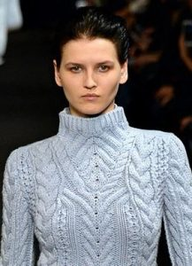 altuzarra_clumpy__greasy_natural_dark_hair_long_new_york_fashion_week_fall_2015