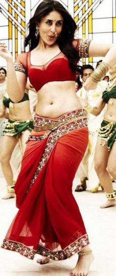 kareena_maharashtrian_red_saree_chammak_challo
