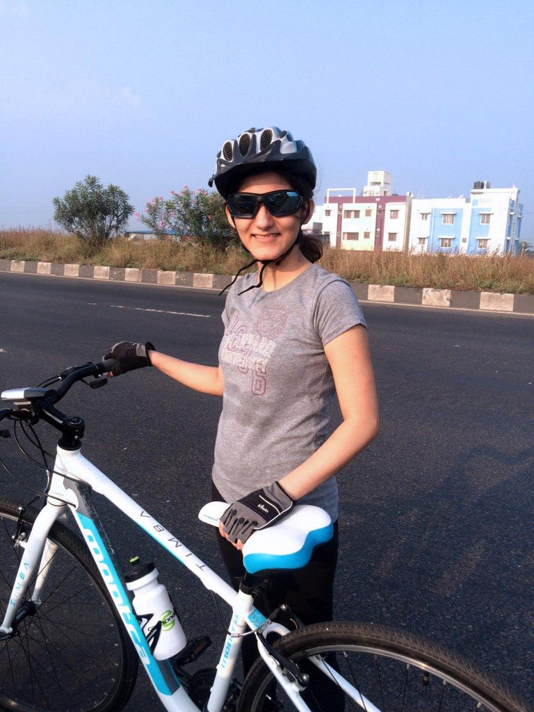 long_distance_cycling_for_beginners_tips_cycle_how_To_shilpa_ahuja_biking_hybrid_bike_ride_riding_gloves_montra_sunglasses_fitness_health_sipper_helmet