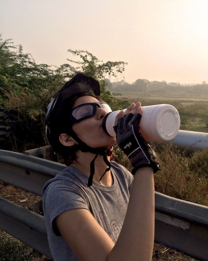 long_distance_cycling_for_beginners_tips_cycle_how_To_shilpa_ahuja_biking_hybrid_bike_ride_riding_gloves_montra_sunglasses_fitness_health_sipper_helmet_1
