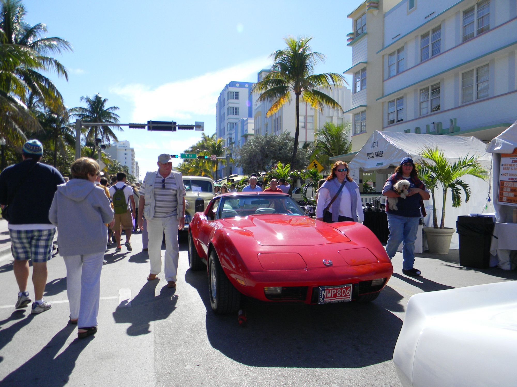 miami_south_beach_red_vintage_car_show_art_festival_annial_spring_march_2015