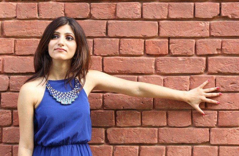 shilpa_ahuja_shilpaahujadotcom_lifestyle_fashion_beauty_travel_india_indian_blog_blogger_image_pic_about_blue_dress_necklace