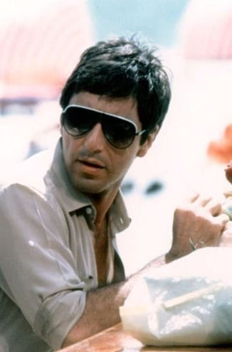 Al_Pacino_ Scarface_1983_Sunglasses_blade_style_sun_glasses_trend_mens_fashion