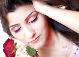 shilpa-ahuja-indian-fashion-blogger-beauty-skin-roses-care