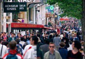 Champs-elysees_avenue_des_boulevard_road_paris_france_europe_tour_travel_tourism_4