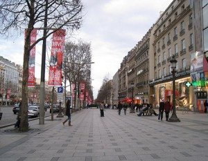 Champs-elysees_avenue_des_boulevard_road_paris_france_europe_tour_travel_tourism_vacation_trip_day_march_1