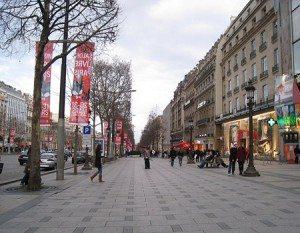 Champs-elysees_avenue_des_boulevard_road_paris_france_europe_tour_travel_tourism_vacation_trip_day_march_1