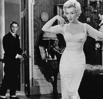 forever_marilyn_monroe_statue_white_dress_marilyn_monroe_prince_and_the_showgirl