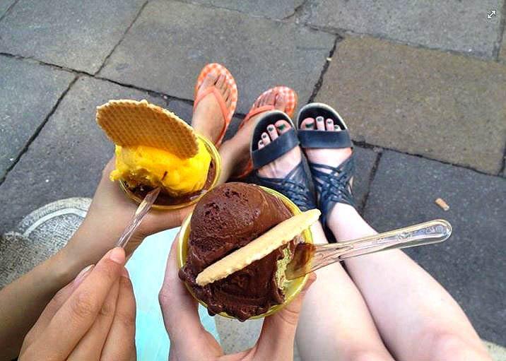 gelato_italy_venice_frozen_dessert_war_ice_cream_sorbet_vs_froyo_tasty