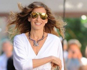 most_iconic_hollywood_white_dress_movie_actress_carrie_bradshaw_sex_and_the_city_sarah_jessica_parker_2_gold_2