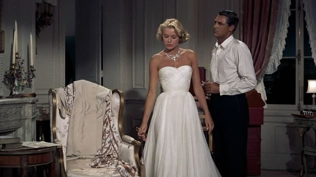 most_iconic_hollywood_white_dress_movie_actress_grace_kelly_to_catch_a_thief_necklace_diamond_1