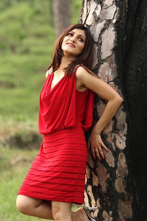 shilpa_ahuja_ red cocktail dress outfit ow_to_choose_and_style_fashion_party_
