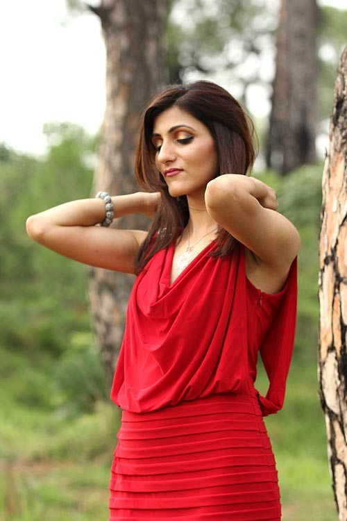shilpa_ahuja_red_cocktail_dress_how_to_choose_and_style_fashion_party_8885
