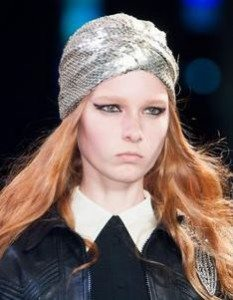 yves_saint_laurent_look_april_2015_turban_head_scarf_accessories_spring_summer_latest_runway_model_collection_1