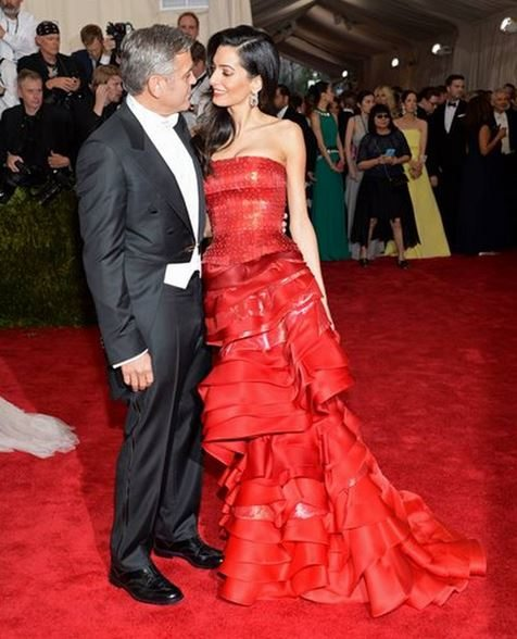 2015_met_gala_gown_dress_outfit_amal_clooney_red_layered_ruffle_crimson_scarlet_layer