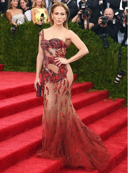 2015_met_gala_gown_dress_outfit_jennifer_lopez_sheer_red_net_dragon_embroidery_pattern