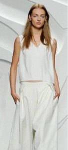 culottes_2015_latest_new_trend_spring_summer_fashion_style_must-have_white_button_shirt_monochrome_cropped_top