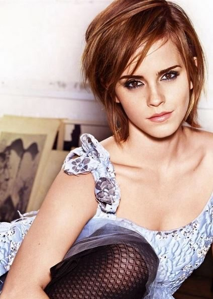 haircut_hairstyle_spring_summer_latest2015_womens_celebrity_fashion_style_emma_watson_straight_short_bangs_bob_brown