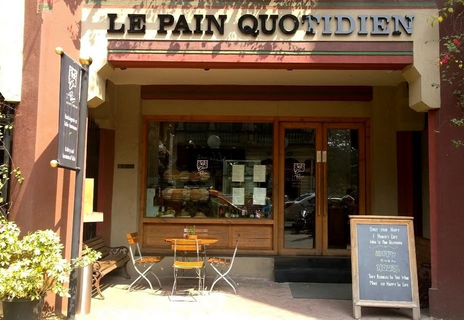le_pain_quotidien_colaba_mumbai_bombay_best_european_italian_restaurant_expensive_interiors_beautiful_tasty_basa
