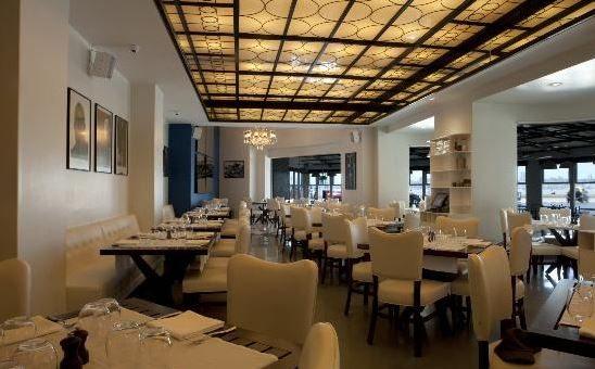 pizza_by_the_bay_churchgate_charni_road_mumbai_bombay_best_european_italian_restaurant_expensive__wooden_interiors_beautiful_tasty_inside