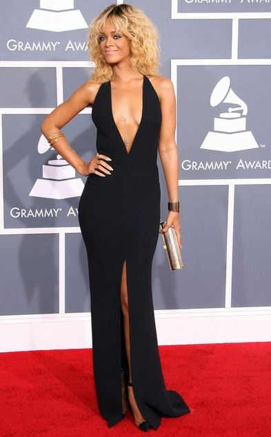 rihanna_grammys_awards_fashion_style_dress_black_deep_v_neck_slit_long_clutch