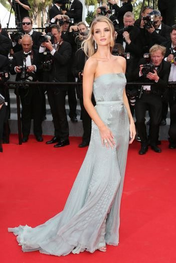 rosie_huntington_cannes_festival_2014_grey_long_gown_red_carpet_celebrity_sexy_hot
