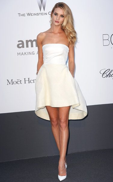 rosie_huntington_whitley_white_short_mini_dress_cannes_2014_sexy_hot