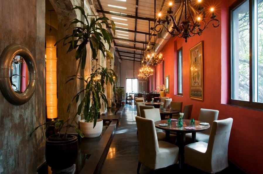 the_tasting_room_lower_parel_mumbai_bombay_best_european_italian_restaurant_expensive_interiors_classy_beautiful_tasty_near_phoenix_mall