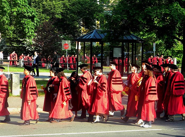 harvard_yard_commencement_morning_services_flag_memorial_hall_cambridge_american_best_university_summer_graduation
