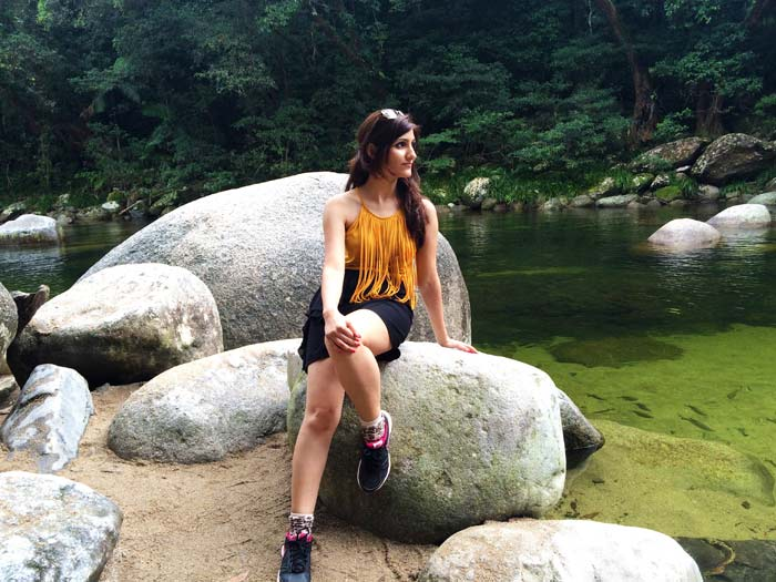 shilpa_ahuja_yellow_top_black_shorts_look_australia_river_rock_sitting_fringe_model_mustard_mossman_gorge_1