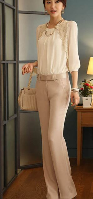 work_wear_office_outfit_power_dressing_women_ideas_professional_business_beige_trousers