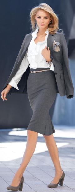 work_wear_office_outfit_power_dressing_women_ideas_professional_business_gret_skirt_suit