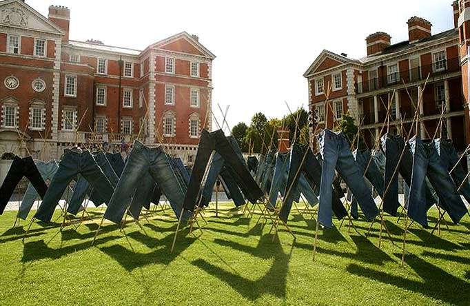 field_of_jeans_public_art_london_catalytic_clothing_installation_chelsea_college