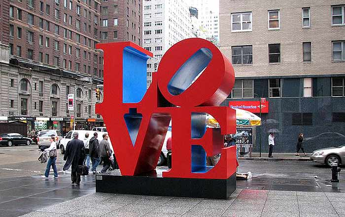 love_symbol_public_art_sculpture_new_york_usa_america_square_red_street