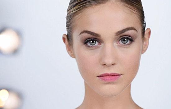 makeup_trends_fall_winter_2015_2016_blush_pink_dior_beauty_light_evening_look