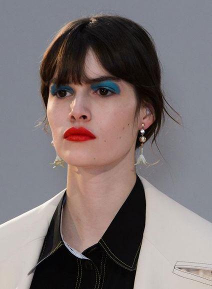 makeup_trends_fall_winter_2015_2016_red_lips_celine_beauty_evening_look