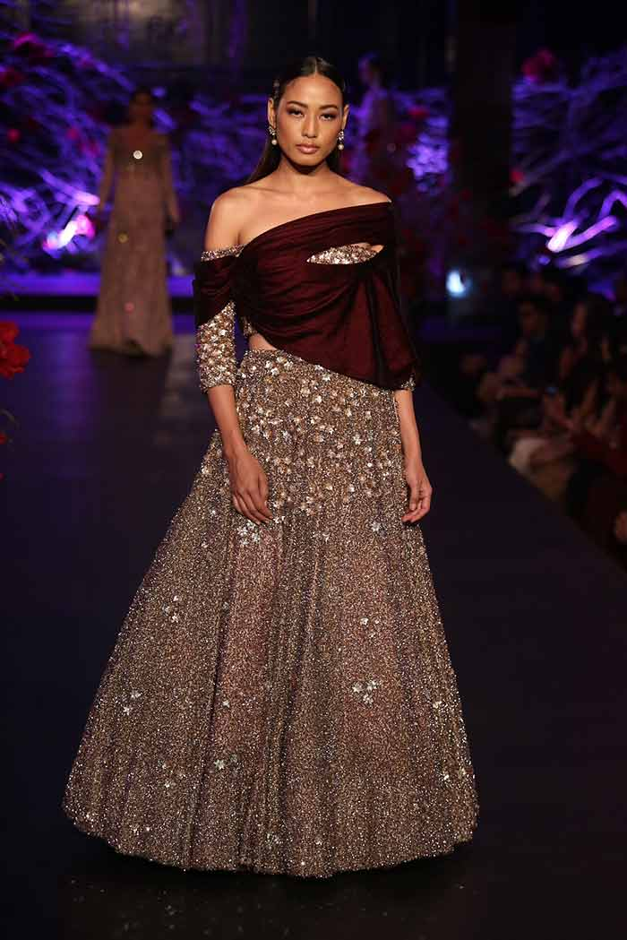 Manish Malhotra Autumn Winter 2015 Couture Fashion Show
