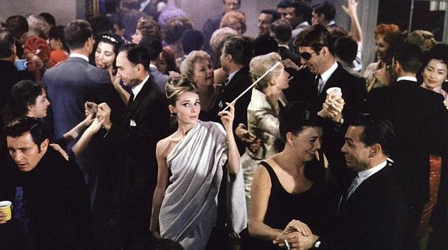 audrey_hepburn_breakfast_at_tiffanys_party_white_dress_scene