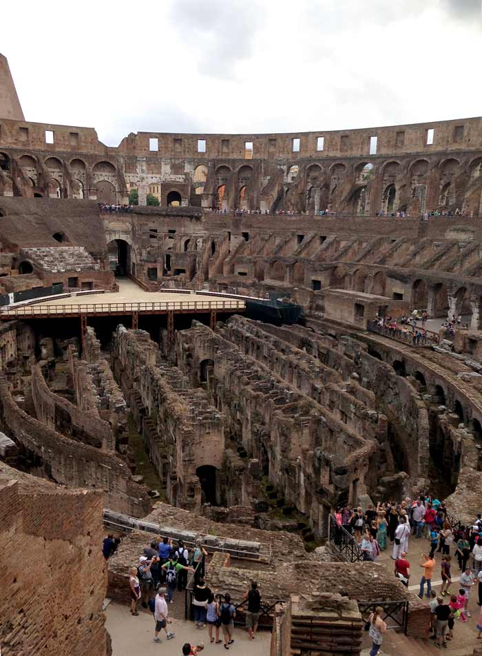 how_to_avoid_long_lines_at_colosseum_roma_pass_rome_italy_budget_travel_tips_tourism