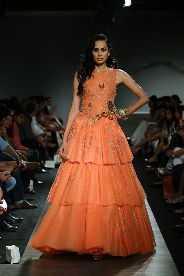 manav_gangwani_autumn-winter_2015_runway_collection_couture_indian_amazon-india_fashion_week_orange_evening_gown