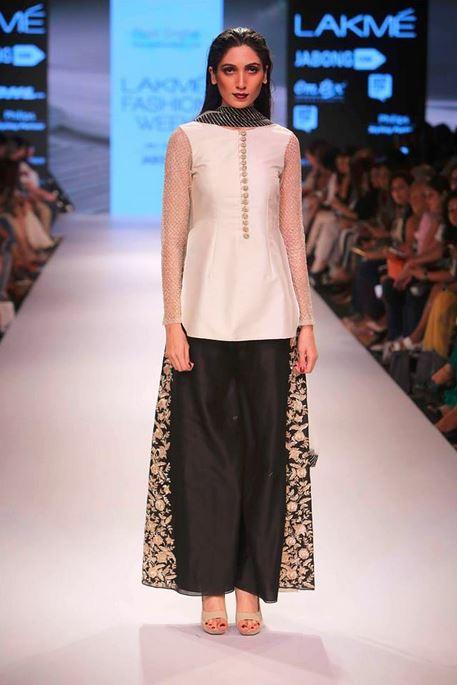 4680 best Indian ethnic wear 2018 images on Pinterest Batik fashion 43