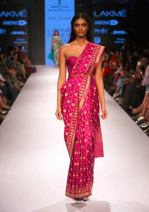 ritu_kumar_collection-2015_lakme_fashion_week_saree_strapless_blouse_purple_gold