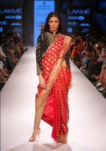 ritu_kumar_collection-2015_lakme_fashion_week_saree_with_chooridar_pajami_red_black_gold