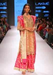 ritu_kumar_collection-2015_lakme_fashion_week_silk_designer_suit_palazzo_pants_pink_gold