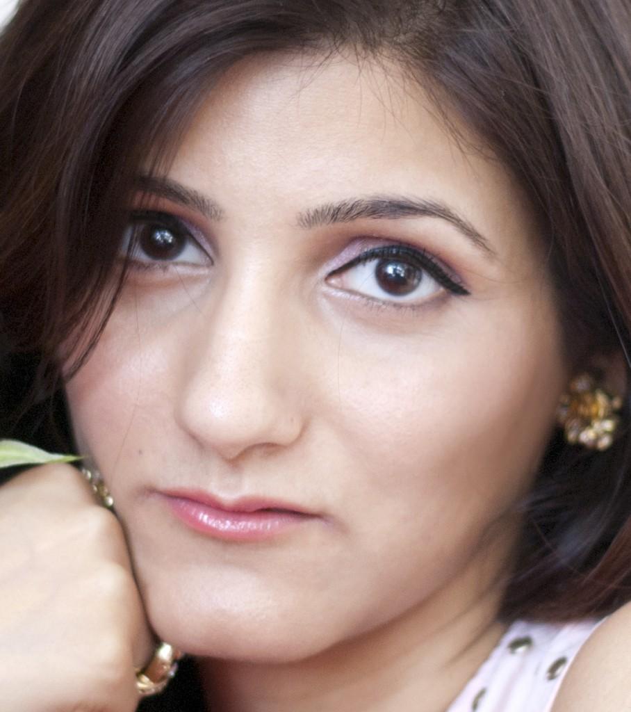 shilpa_ahuja_fashion_blogger_feeling_beautiful_casual_makeup