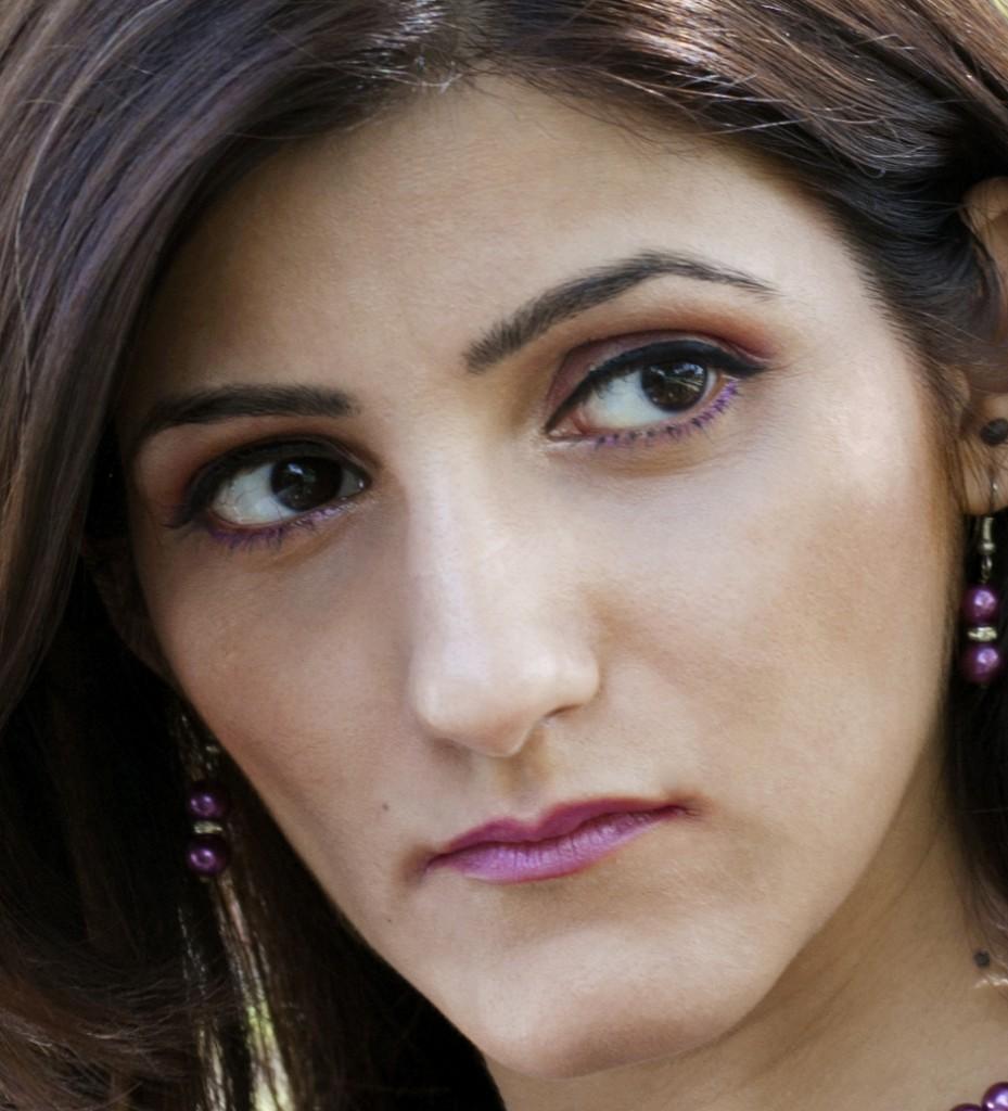 shilpa_ahuja_power_woman_makeup_purple_look
