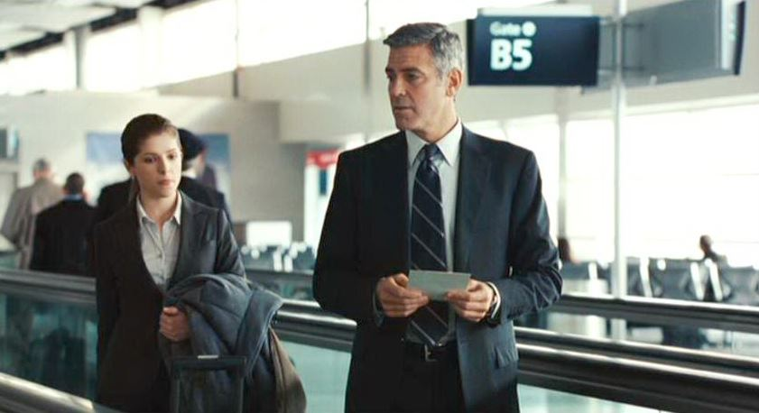 up_in_the_air_george_clooney_girl_airport_traveling
