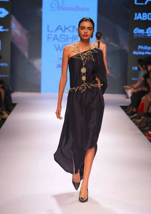 vasundhara_2015_collection_lakme_fashion_week_winter_black_dress_one_shoulder