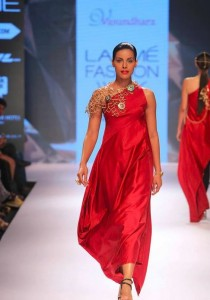 vasundhara_2015_collection_lakme_fashion_week_winter_necklace_one_shoulder_asymmetric_dress