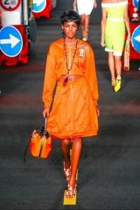 09-moschino-spring-summer-2016-rtw-construction-inspired-orange-dress-bucket-bag